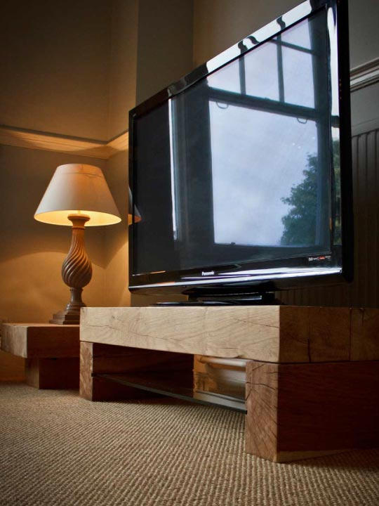 oak-tv-stands-from-abacus-tables-home-page-tv-hub-nav