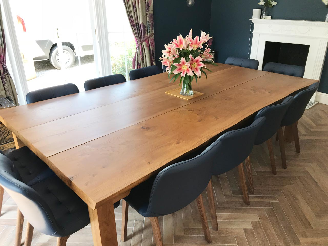 Large-Farmhouse-dining-table-project-672-pic2