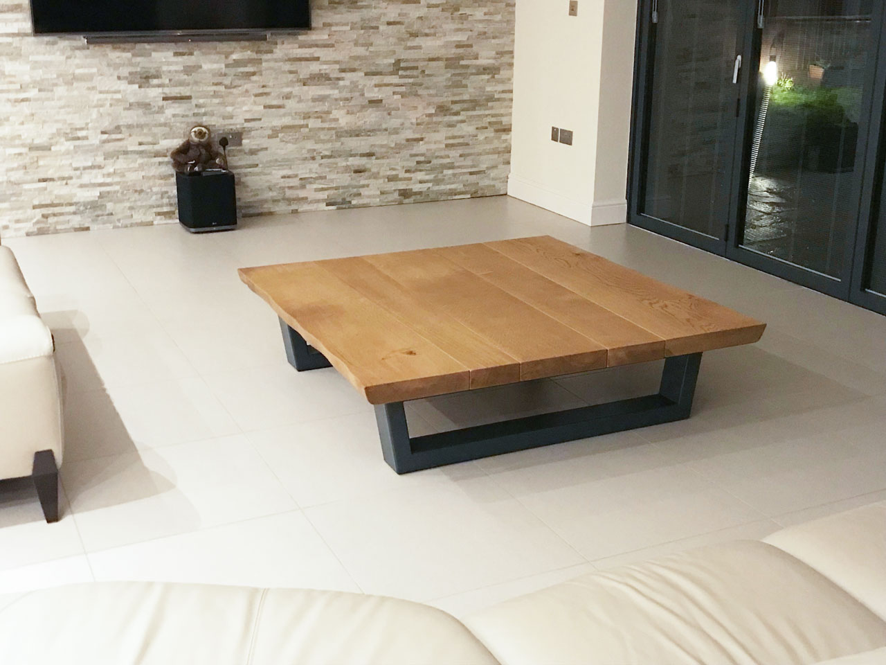 Large-oak-coffee-table-project-624-pic3