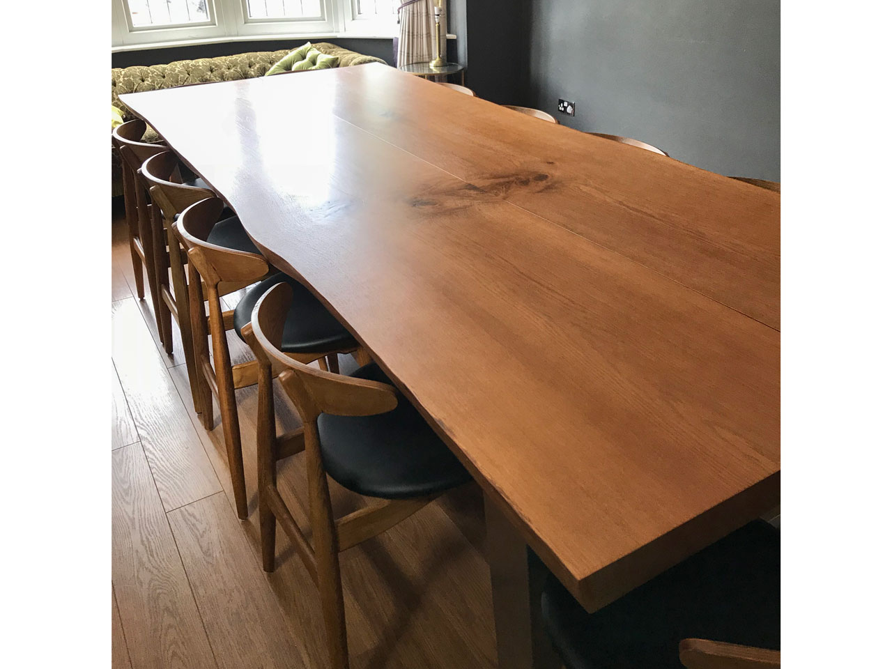 Natural-edge-dining-table-project673-pic2
